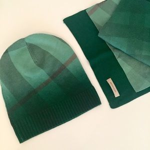 06210fef03e Burberry Accessories - Burberry Scarf   Beanie Hat Set - Green Check