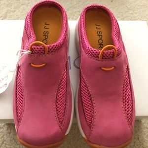 JJ Footwear Other - New JJ Sport pink girls mules