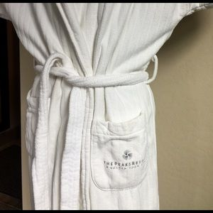 """100% cotton robe from """"The Peaks Resort"""" Telluride"""