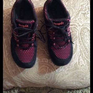 Propet Shoes - Pink/black sneakers