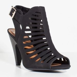 Delicious Shoes - Brand New Delicious Black Laser Cut Heels