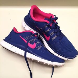 Nike Shoes - Nike blue and pink sneakers size 9