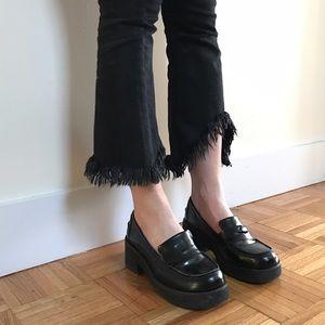 Vintage 90s Steve Madden Platform leather loafers