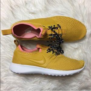 Nike Shoes - ⚡MAKE A OFFER⚡ Nike Juvenate Se