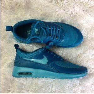 Nike Shoes - ⚡MAKE A OFFER⚡ Nike Air Max Thea