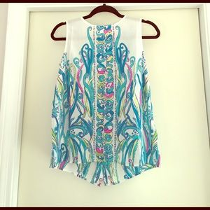 Lilly Pulitzer Tops - Silk Lilly Pulitzer sleeveless top