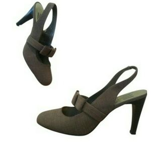 Ann Marino Shoes - A/M by Ann Marino sling backs Adorable size 9