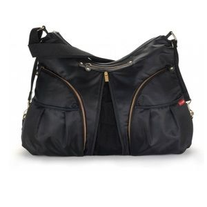 Skip Hop • Versa Diaper Bag