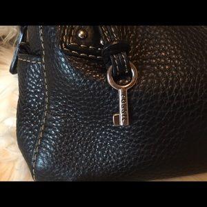 Fossil Handbags - Authentic Fossil leather purse bag shoulder bag 🖤