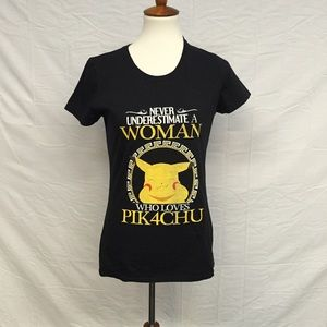 Pokemon Tops - Never Underestimate A Woman Who Loves Pikachu Tee