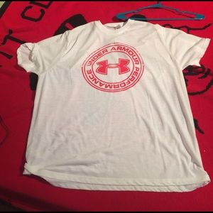 Under Armour Other - Under Armor T-Shirt