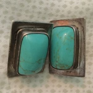 Jewelry - Vintage Turquoise Sterling Silver Earrings
