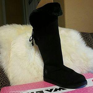 Airwalk Shoes - NWoT Airwalk blk suede,Tall cozy Boot! NEVER WORN