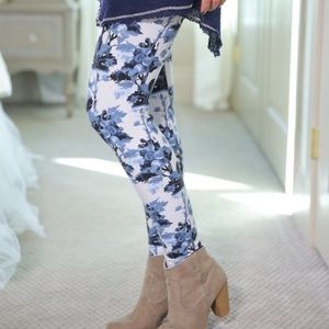 Pants - BLUE FLORAL PRINT LEGGINGS