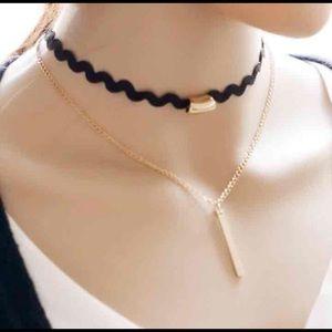 (2 pieces)Choker necklace