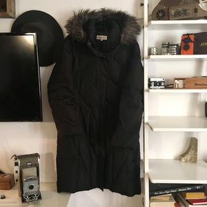 Faux-Fur-Trimmer Hooded Winter Puffer Coat