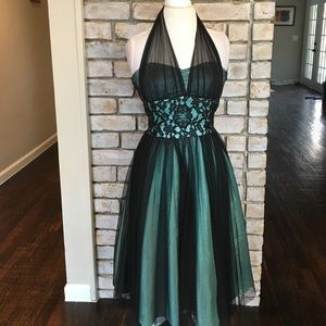 Cache Dresses & Skirts - Gorgeous Mint & Black Formal Dress