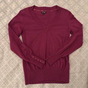 Apt. 9 Sweaters - Fuchsia Pink Apt 9 Jewel Tone V-neck Sweater M