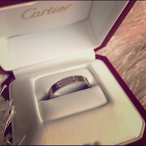 Cartier Love ring, 18K white gold - 57 (US8)