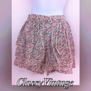 boutique Pants - Darling floral layered skort