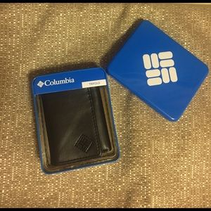 Columbia Other - 💥men's Columbia trifold wallet💥