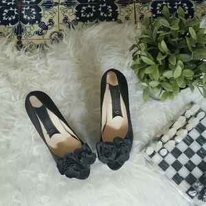 Boutique 9 Shoes - BOUTIQUE 9 satin peep toes with floral detail