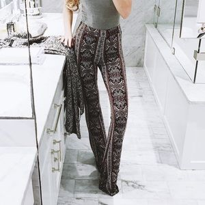 Forever 21 Pants - Printed pattern bell bottom pants