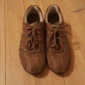 Skechers Shoes - Skechers shoes size 8