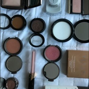 JACLYN HILL faves collection