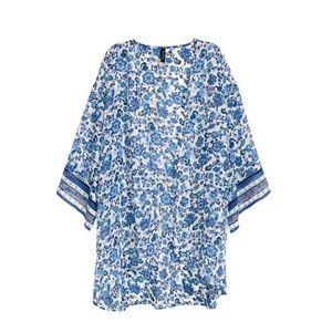 {h&m} 🌿 porcelain blue white floral kimono
