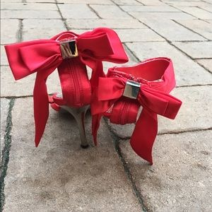 Red ribbon bow heels