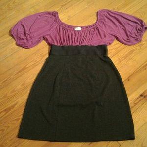 Sophie Max  Dresses & Skirts - Sophie Max Two-tone Peasant Mini Dress