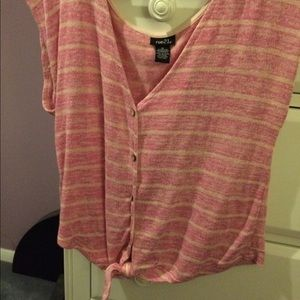 Rue21 Tops - Rue21 knit button-up tank w/front tie