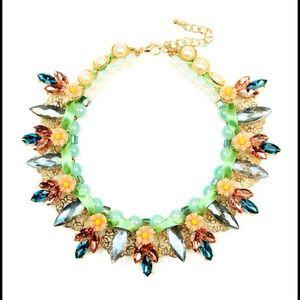Summer vibe Daisy bib necklace