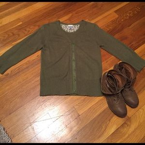 Old Navy green cardigan size M perfect fit