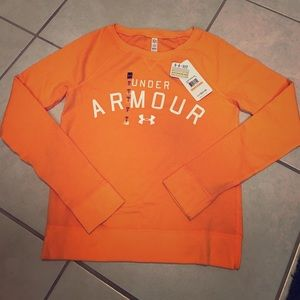 Under Armour Tops - Under Armour sweatshirt