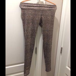 Onzie Pants - Onzie leopard leggings
