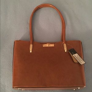 Leather Shoulder Bag/Purse Brown/Camel