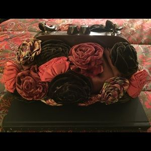Ipanema Handbags - IPA-NIMA Rose Chain Clutch