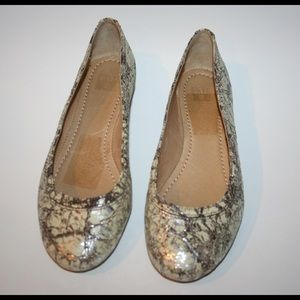Frye Other - FRYE Carson Ballet Slipper Flats size Girls 3