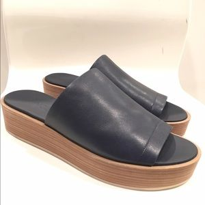 New Vince Saskia Navy slides