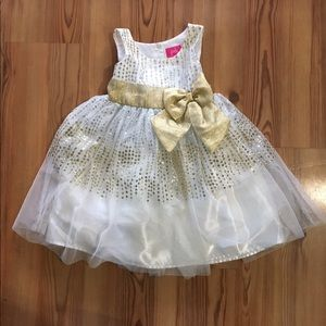 Pinky Other - Pinky sparkle gold and white dress Size 4t