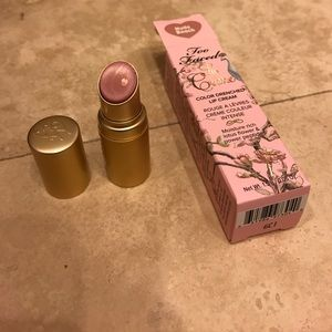 Too Faced Other - Brand new Too Faced Lip cream in Nude Beach