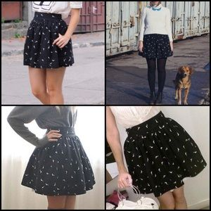 Pull&Bear black bird printed A line flare skirt