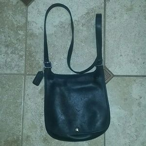 Coach Handbags - Authentic Coach crossbody leather purse