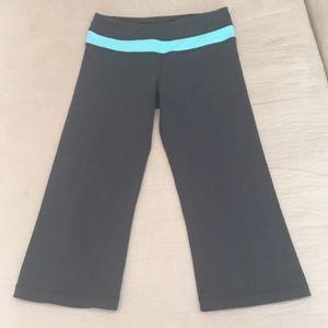 lululemon athletica Pants - Lululemon Reversible Cropped Pants
