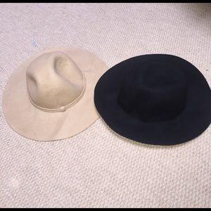 Bundle of 100% wool fedora hats
