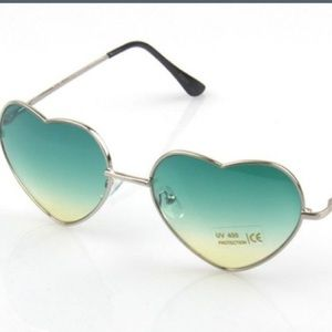 Accessories - Teal Heart Sunglasses