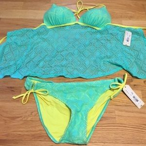 Arizona Jean Company Other - Blue and yellow two piece swim suit