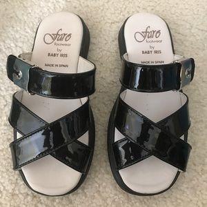 Nib black patent leAther sandals by Faro